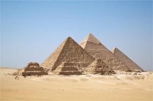 All_Gizah_Pyramids-min