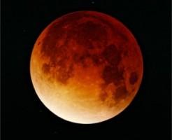 Lunar-eclipse-09-11-2003-min